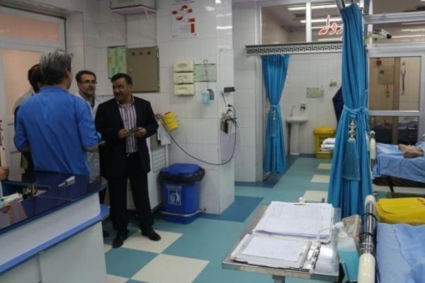 900 بیمار خاص و صعب العلاج تحت حمایت کمیته امداد استان هستند