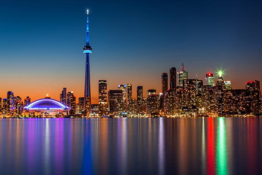 بهترین زمان سفر به تورنتو کانادا چیست