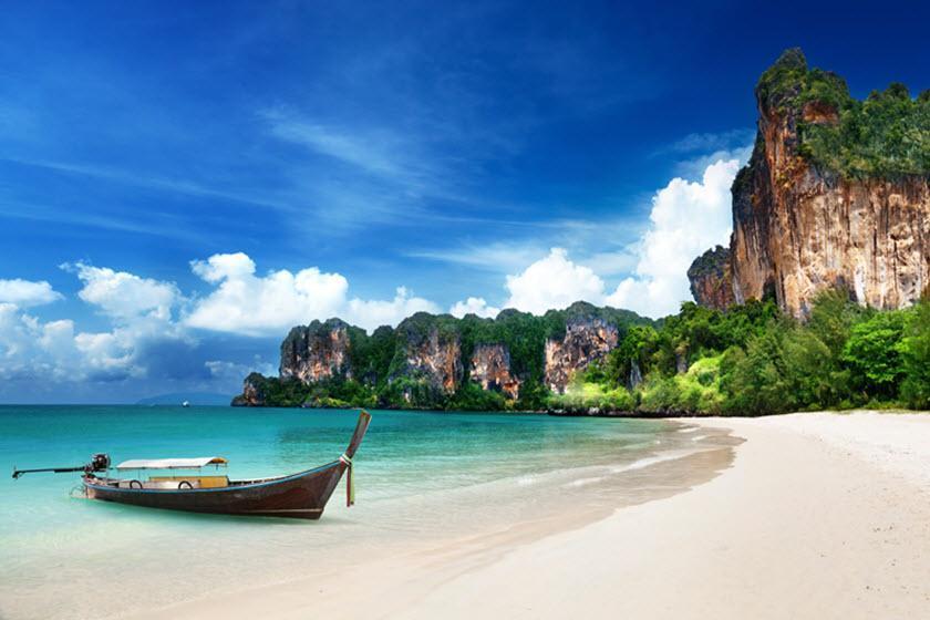 ریلی، ساحلی دیدنی در کرابی تایلند