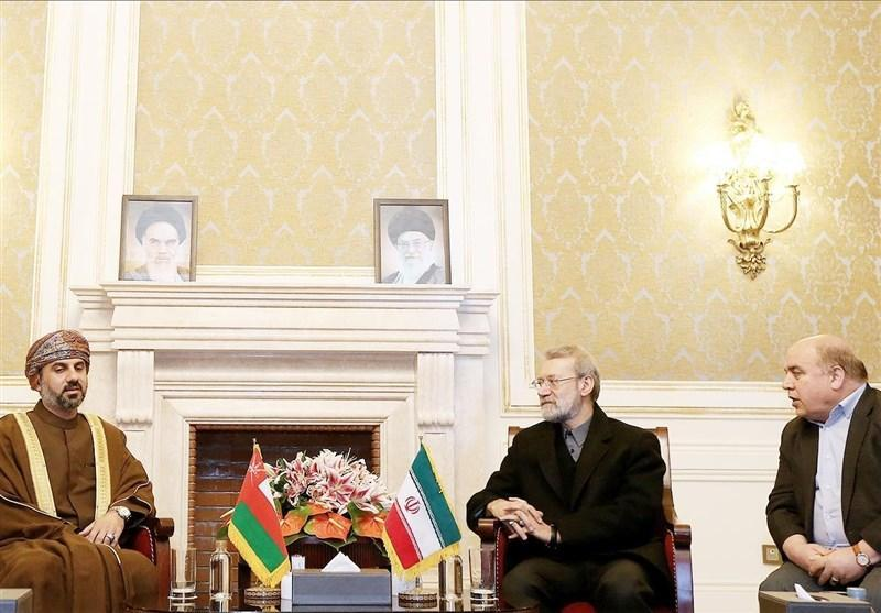 تأکید لاریجانی بر جذب سرمایه گذاری های بیشتر بین ایران و عمان