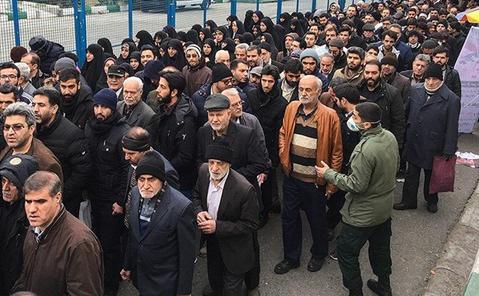 نماز آدینه باشکوه تهران در کمال امنیت و آرامش برگزار گردید