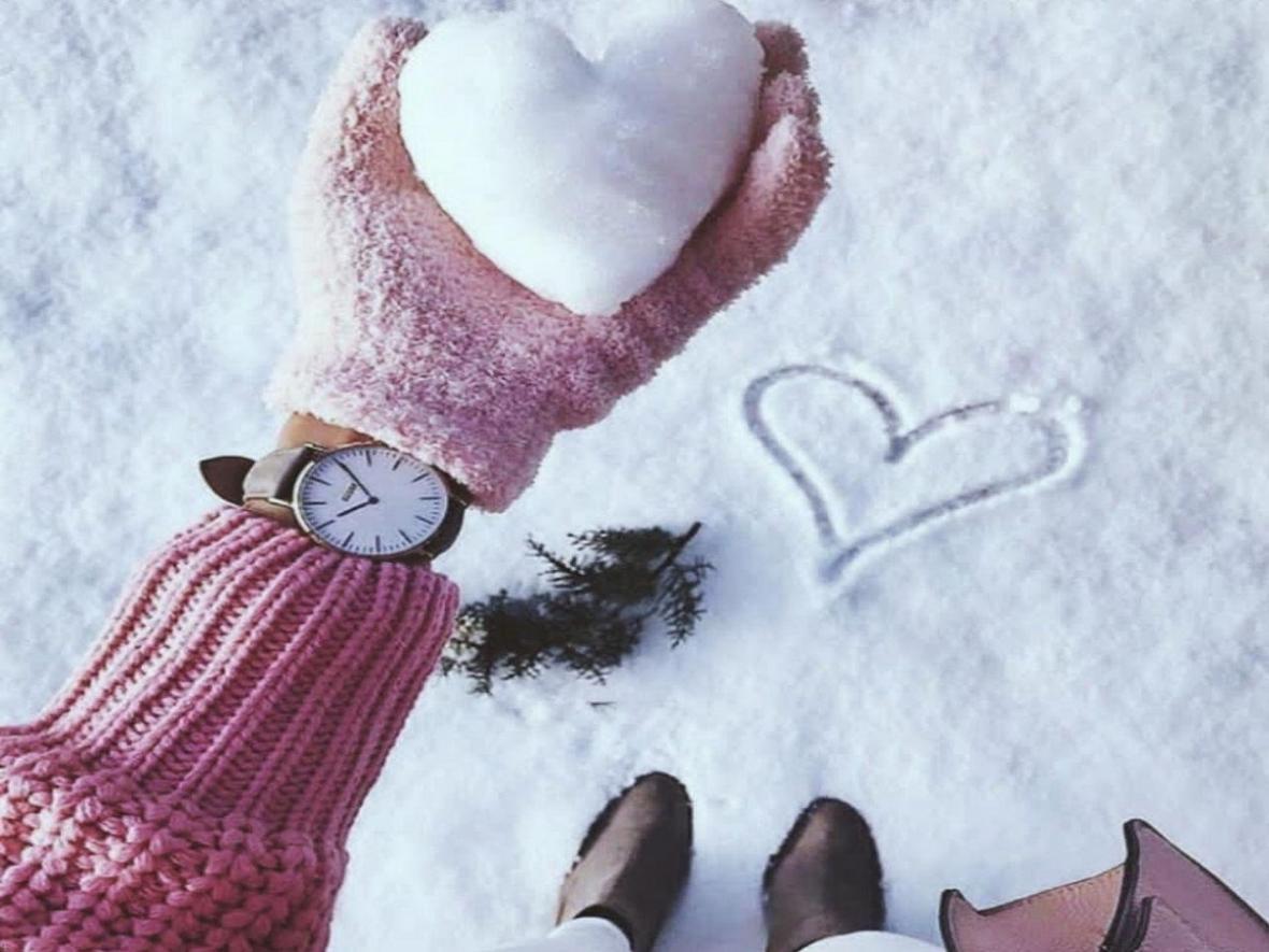 عوارض خوردن برف در روز های سرد سال