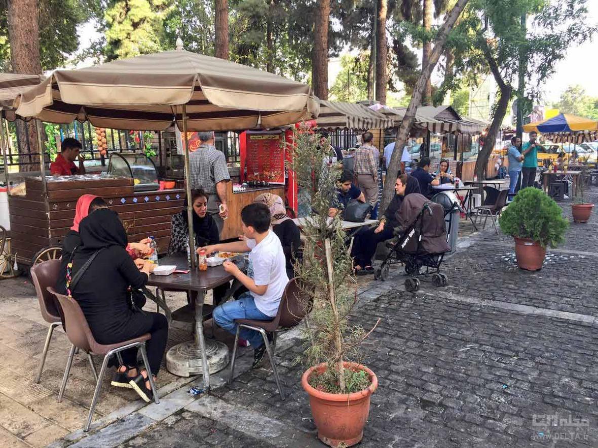 خیابان سی تیر ، شبگردی در تهران