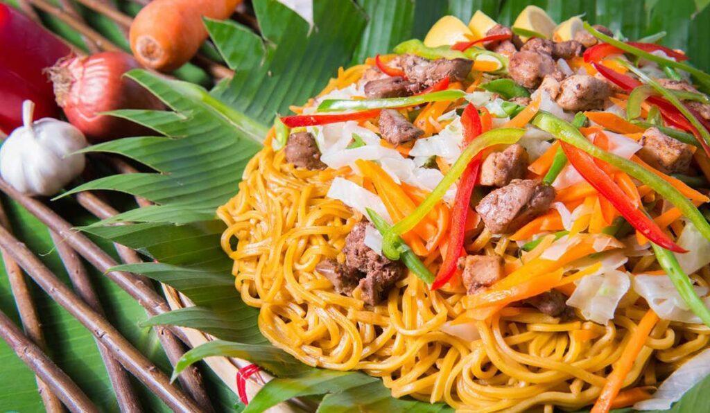 7 غذای لذیذ که در سفر به فیلیپین باید امتحان کرد