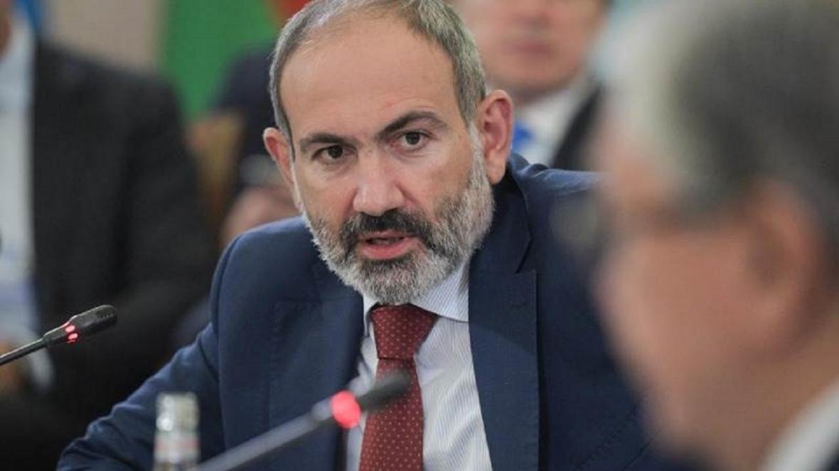 پاشینیان وزیر دفاع ارمنستان را برکنار کرد