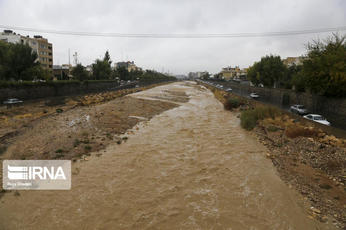 خبرنگاران سامانه بارشی جدید در راه فارس است