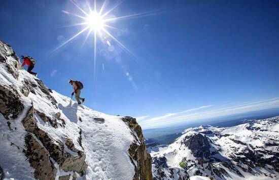 مرگ کوهنورد 60 ساله بر اثر ایست قلبی در شیرکوه